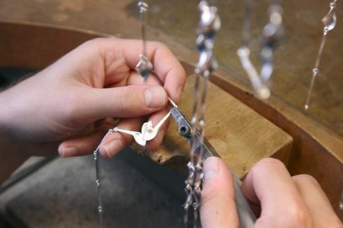 Het maken van een zilveren Lapponia collier