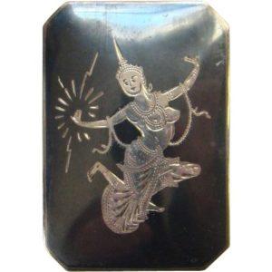 Zilver hanger uit Siam met de godin van het licht Mekkala in niëllo.