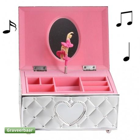 Cadeautip voor een meisje een sieradendoos met een dansende ballerina Zilver.nl