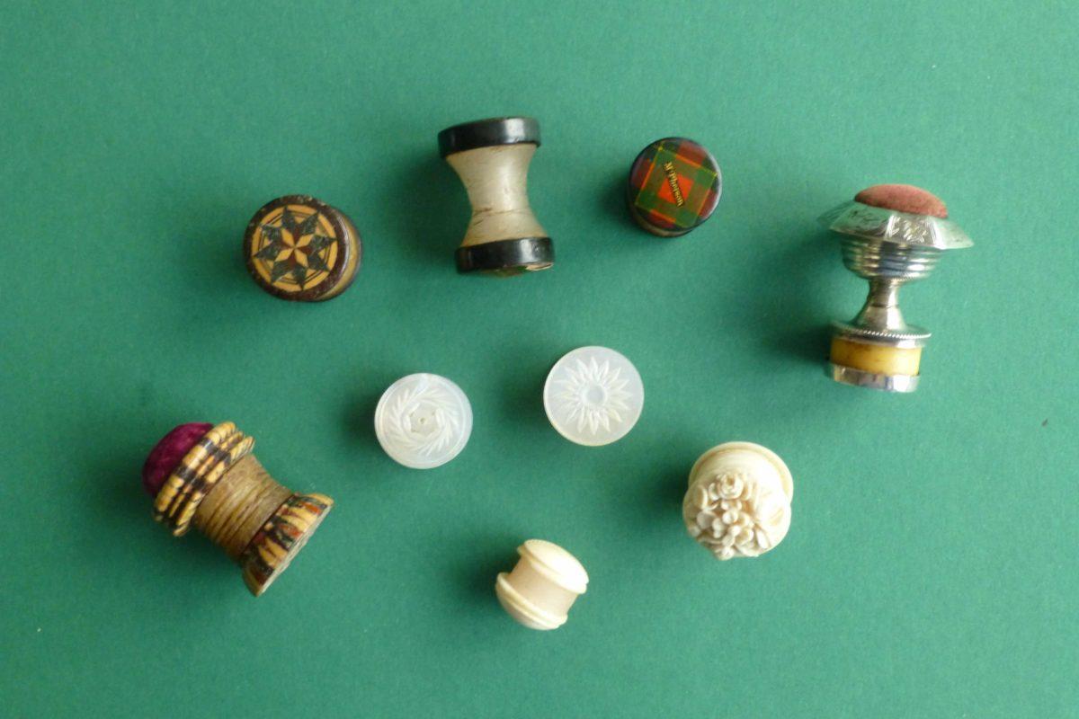 Diverse antieke wasklosjes