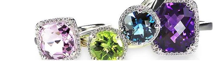 Witgouden ringen met edelstenen en briljanten