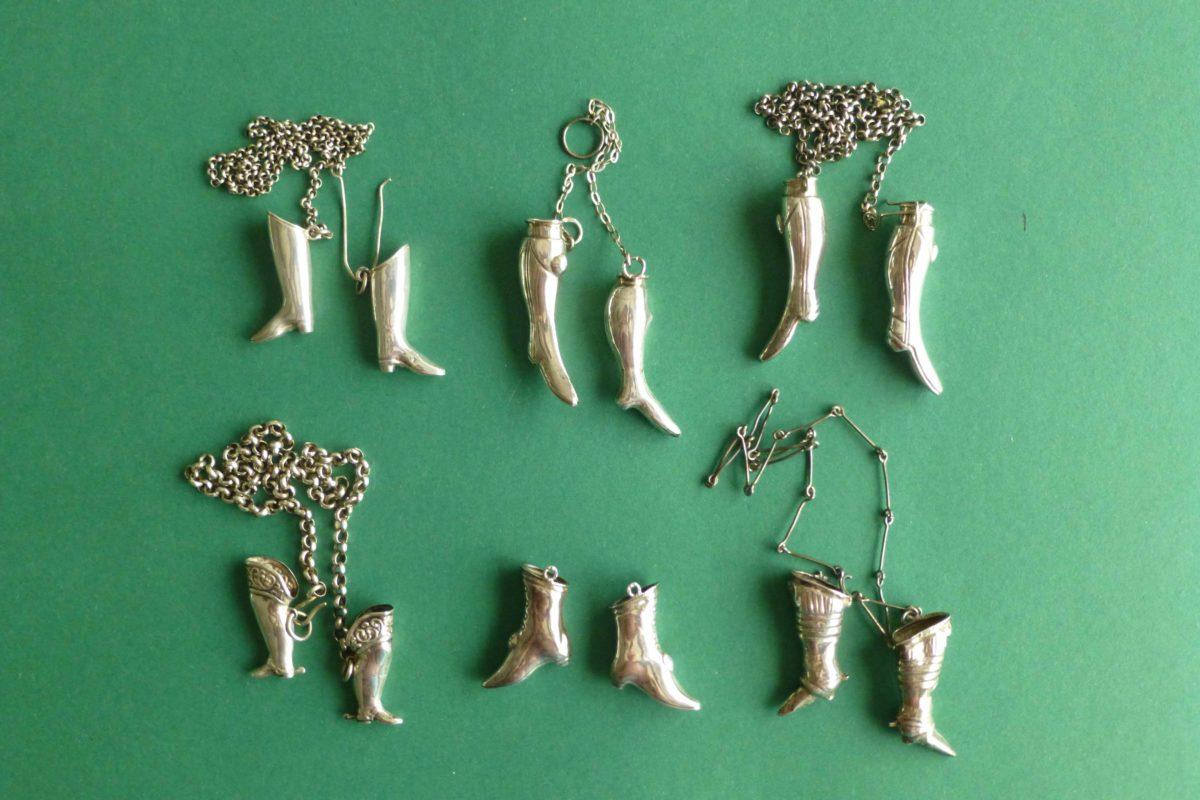 Antieke zilveren breipendoppen laarsjes en slofjes bij Zilver.nl